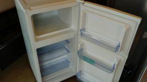 レンタルで納品した冷蔵庫の写真