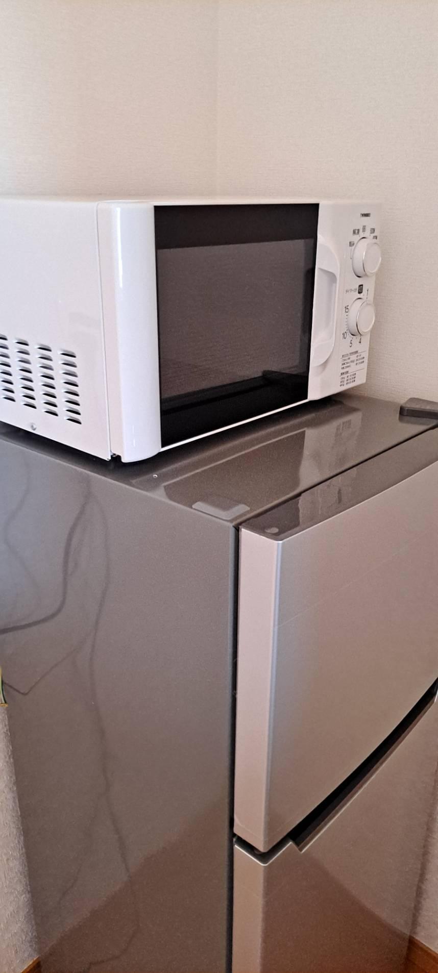 家電レンタル冷蔵庫とレンジの写真